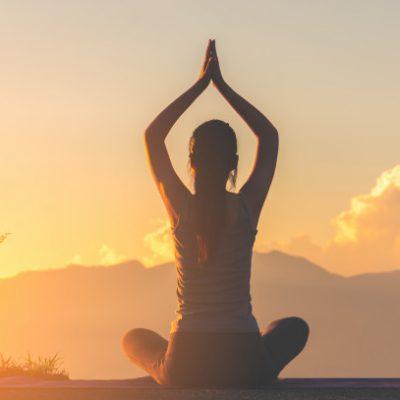 تاثیر بی نظیر یوگا در افزایش تمرکز