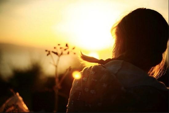 باورها و افکار شماست که رویدادهای مثبت یا منفی زندگی تان را جذب می کند | مسیر رشد